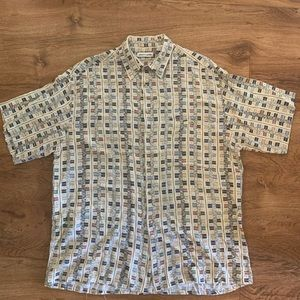 Vintage Pierre Cardin button up size Large